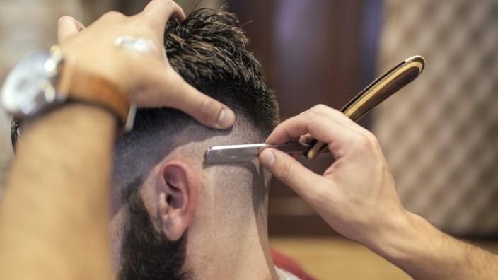 Frisuren nazi Coole Nazi