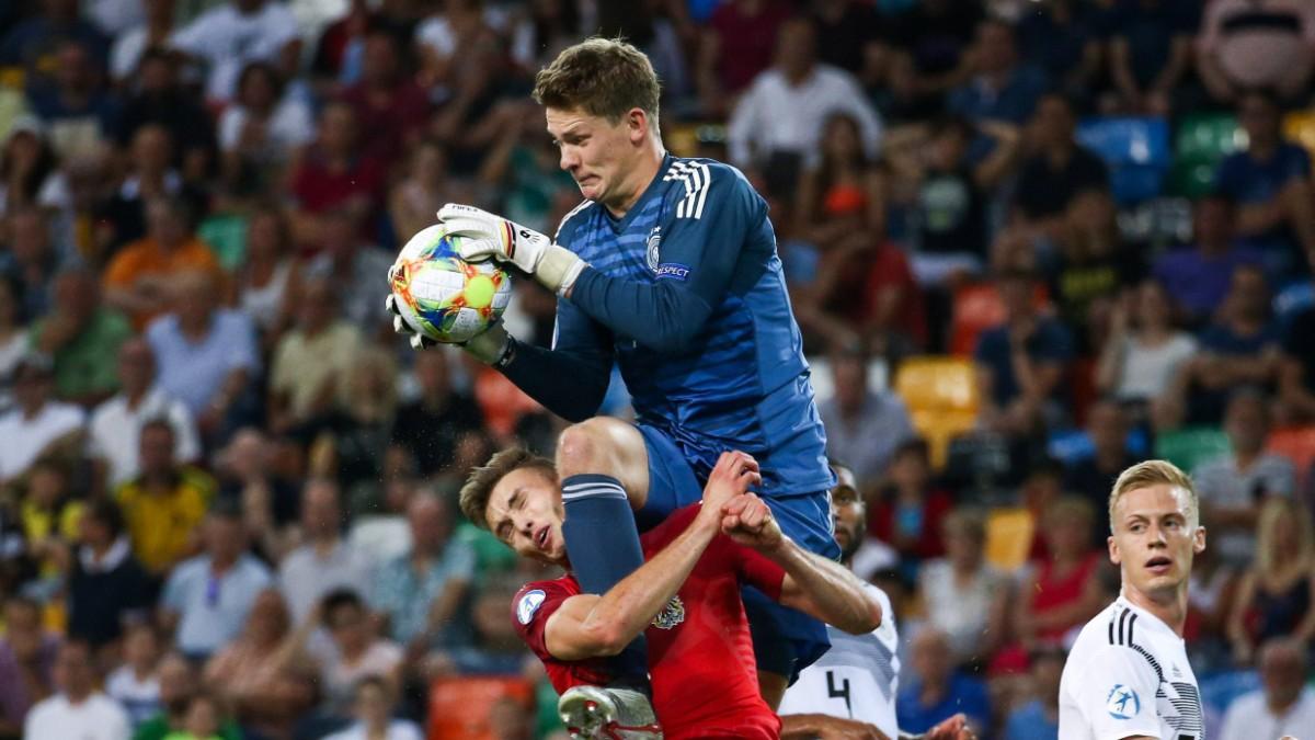 Schalke 04 und Nübel: Arrangement für drei Torhüter