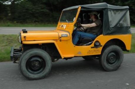 Willys Jeep Zivilversion aus den 50er Jahren