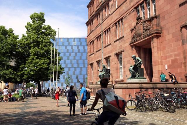 Freiburg Universität