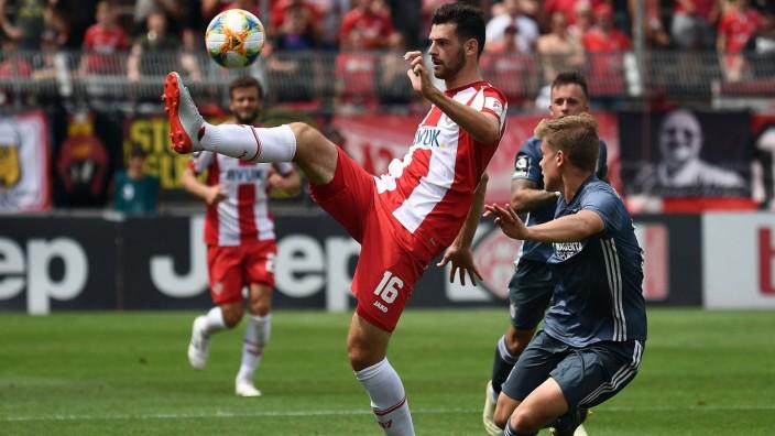 20 07 2019 xjhx Fussball 3 Liga Kickers Wuerzburg FC Bayern Muenchen U23 emspor v l Luca Pfe