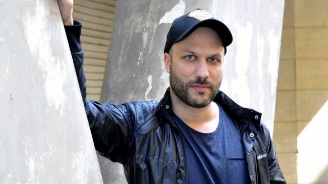 Tobias Kratzer Der Regisseur Tobias Kratzer an der Komischen Oper an der Behrenstraße in Berlin Mit