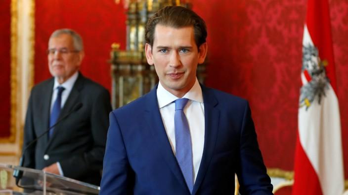 FILE PHOTO: Austria's Chancellor Kurz meets Austrian President Van der Bellen, in Vienna