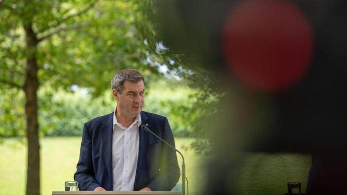 Markus Söder bei einer Kabinettssitzung im Hofgarten in München