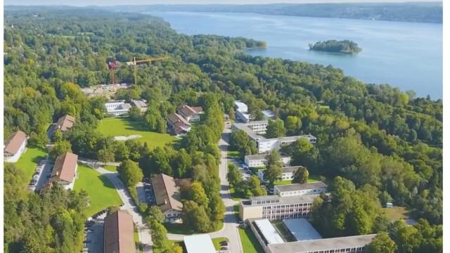 Feldafing: Nach dem Abzug der Bundeswehr 2020 sollte sich Feldafing auf dem 31,7 Hektar großen Gelände der IT-Schule weiterentwickeln.