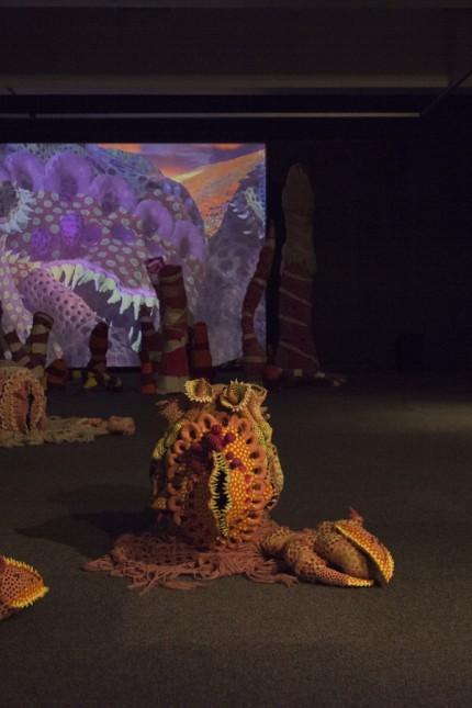 """Jared Theis Alle Arbeiten aus der Serie Cuties for Space Invaders, Installationsansicht """"Wet Dreams"""", Kunsthall Stavanger, Norwegen"""