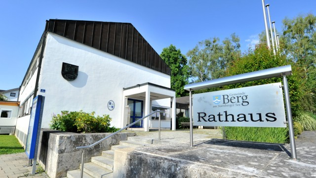 Berg: Rathaus