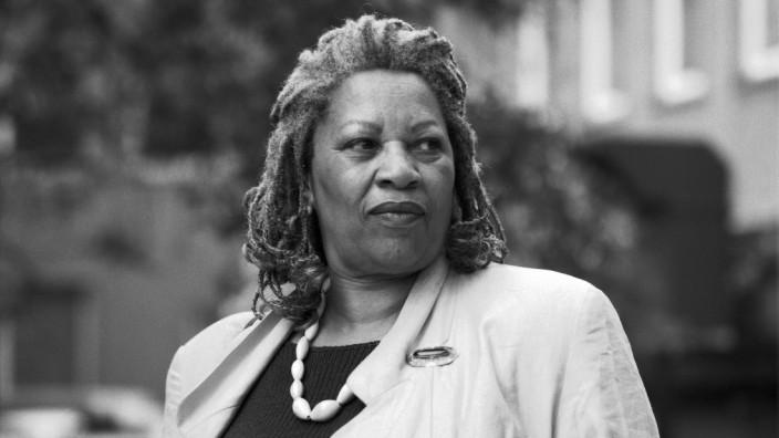 Toni Morrison, 1993