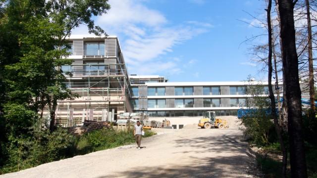 Artemed-Klinik vor der Fertigstellung; Artemed-Klinik vor der Fertigstellung