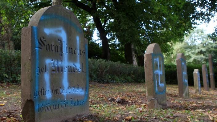 Jüdischer Friedhof Kröpelin geschändet