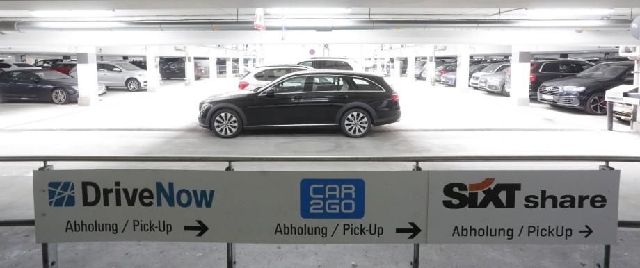 Studie: Warum ein eigenes Auto kaufen, wenn man viele haben kann? Carsharing soll den Verzicht auf Privat-Pkws erleichtern.