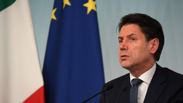 Italian Prime Minister Conte reacts to Italy's ruling coalition breakdown