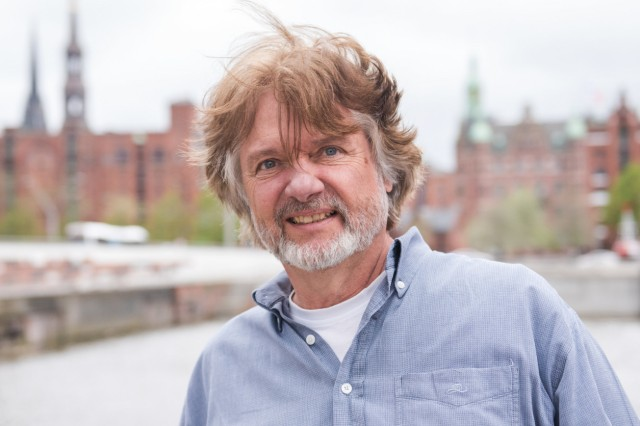 Polarforscher Arved Fuchs kritisiert Partyschiffe in der Arktis