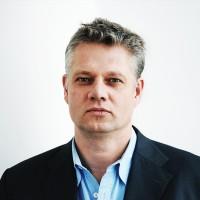 Portrait  Lars Langenau