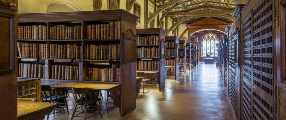 Brexit: Blick in eine Bibliothek der University of Oxford: Englische Spitzenunis könnten bald leerer werden.