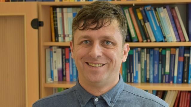 Professor Bernhard Leipold forscht an der Bundeswehruniversität in Neubiberg über einen besseren Umgang mit Stress.