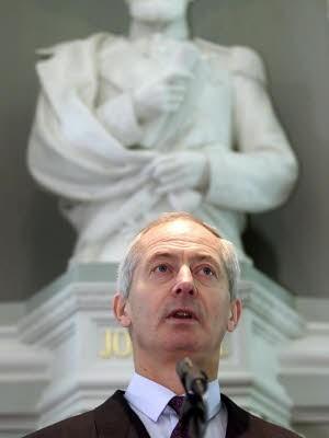 AP, Fuerst Hans-Adam von Liechenstein