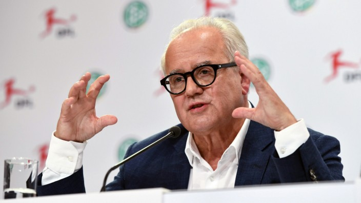 Leadmen of Bundesliga soccer clubs arrive at General Assembly of DFL in Berlin