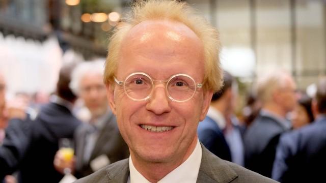 zje123 Sascha Spoun ist seit 2006 Präsident der Leuphana Universität Lüneburg und trat als Deutschla