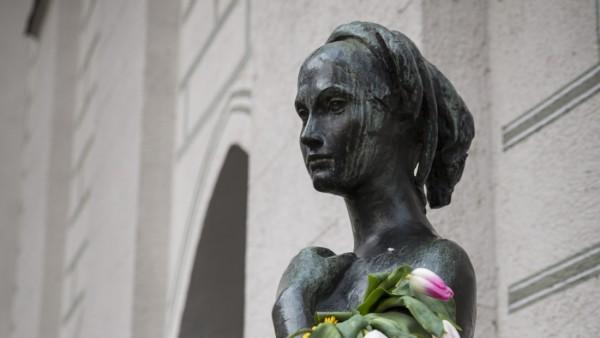 Julia Statue in München, 2018