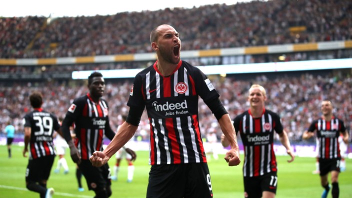 Bundesliga: Frankfurt jubelt über Bas Dost - Sport - SZ.de