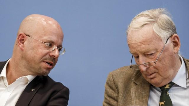 AfD-Politiker Andreas Kalbitz und Alexander Gauland bei einer Pressekonferenz