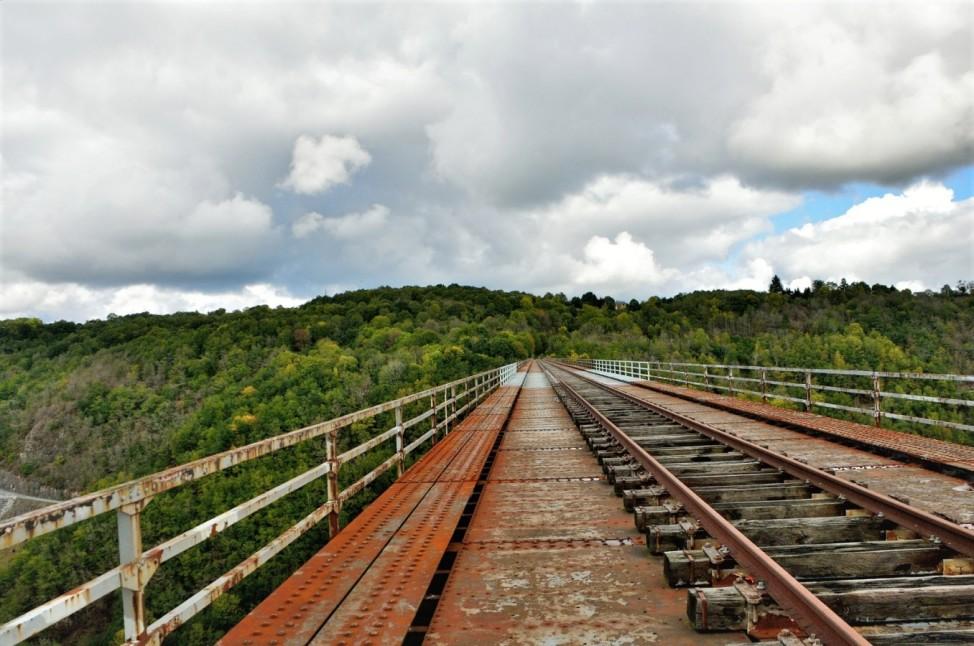 Reisefotograf Christian Jobst Frankreich Gleise stillgelegt Schienen Bahn Wandern Bahnstrecke Gleis Viaduc des Fades Viadukt Frankreich