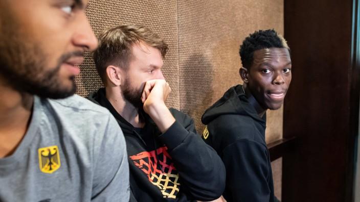 Basketball-WM 2019 - Nationalspieler Johannes Thiemann, Danilo Barthel und Dennis Schröder