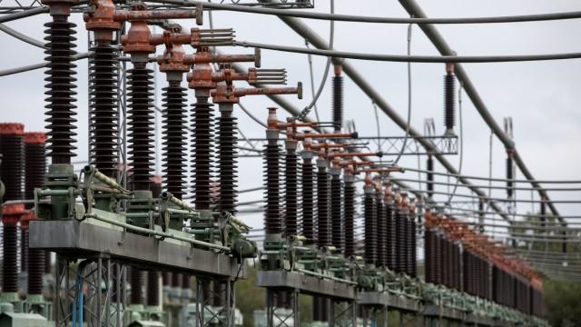 Vom Hauptumspannwerk Menzing gelangt der Strom zu den Umspannwerken in den Stadtvierteln.