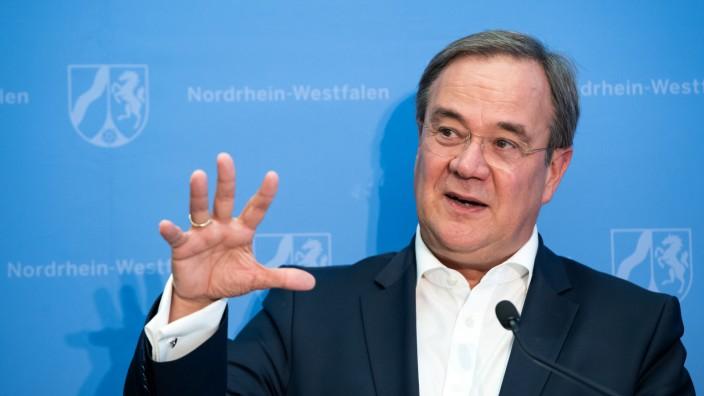 Pressekonferenz der NRW-Landesregierung in Berlin