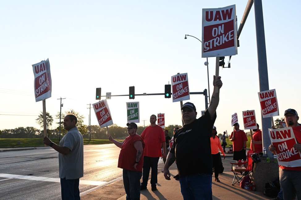 United Auto Workers Go On First National Strike Since 1982