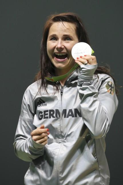 Monika Karsch; Monika Karsch