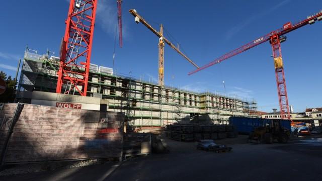 Neubau: In fünf Monaten soll der Rohbau für das neue Volkstheater fertig sein.