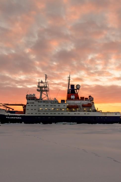 Bilder von der Polarstern-Expedition ARK XXVII-3 in die zentrale Arktis