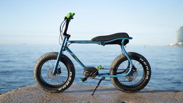 Ruff Cycles Lil' Buddy im Test: Ein bisschen Bonanzarad, ein wenig BMX, kombiniert mit Motorradelementen - das Lil' Buddy von Ruff Cycles zitiert die Siebzigerjahre.
