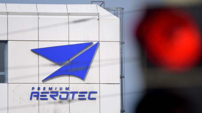 Doch kein rotes Licht für die Beschäftigten von Premium Aerotec? Durch den Airbus-Auftrag könnten zahlreiche Arbeitsplätze in Augsburg gerettet werden.