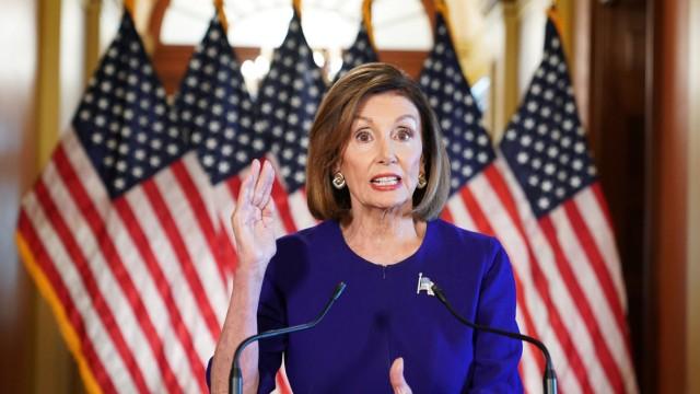 Pelosi, Democrats launch formal impeachment inquiry of Trump