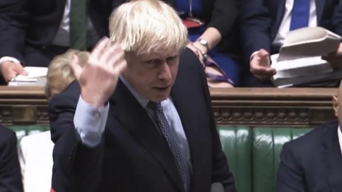 """Leserdiskussion: In der Nacht zum Donnerstag erklärte Boris Johnson das Urteil des Obersten Gerichtshofs für falsch, beleidigte Oppositionsabgeordnete, beschuldigte sie der """"Kapitulation"""", der """"Unterwerfung"""", der """"Sabotage"""", der """"Feigheit""""."""