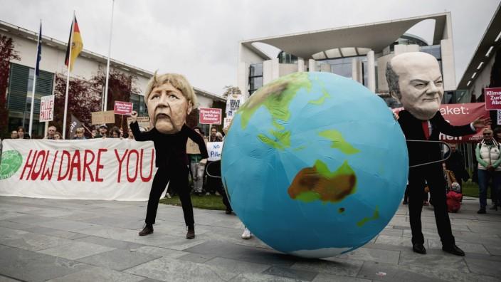 Klimaprotest vor Bundeskanzleramt
