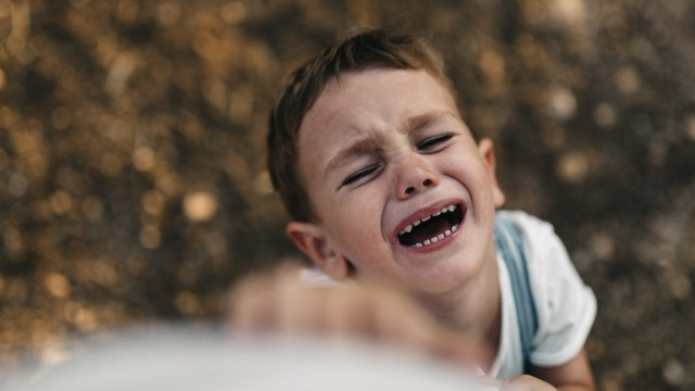 Screaming little boy model released Symbolfoto PUBLICATIONxINxGERxSUIxAUTxHUNxONLY JRFF000820