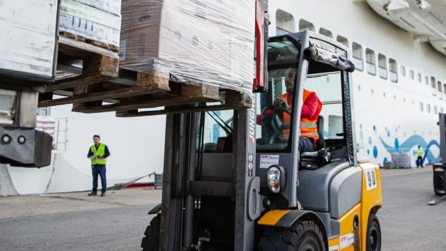 LNG Truck Tour Hamburg - Civitavecchia