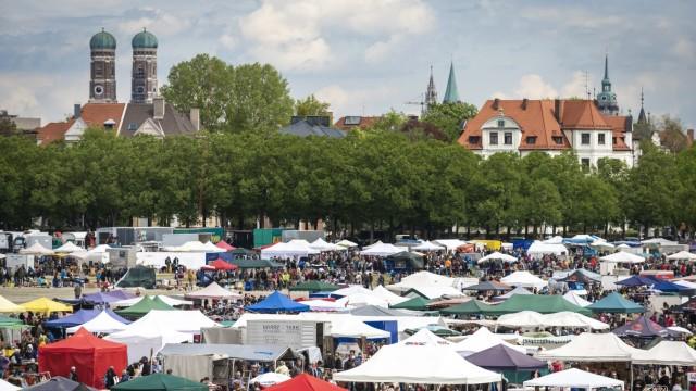 Großflohmarkt auf der Münchner Theresienwiese 2016