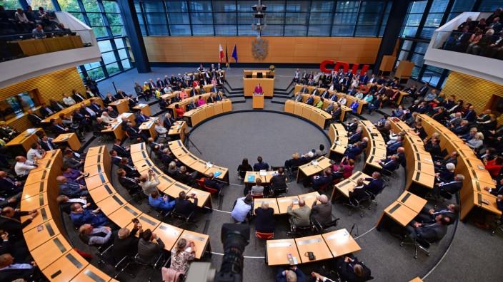 Thüringen: Angela Merkel spricht 2019 im Landtag