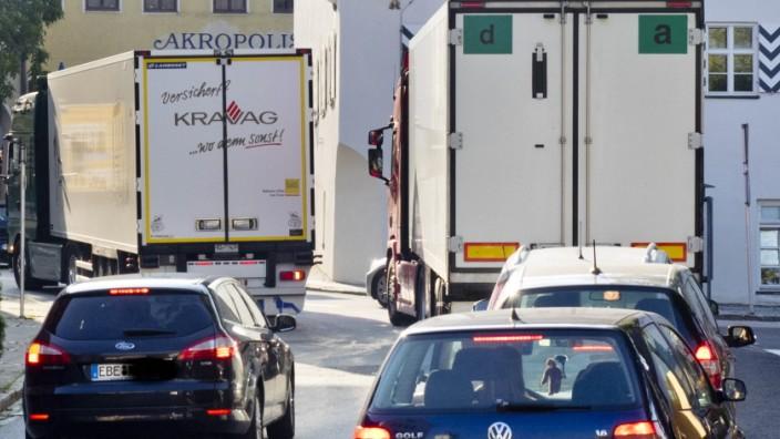 Verkehr Ebersberg mit LKW