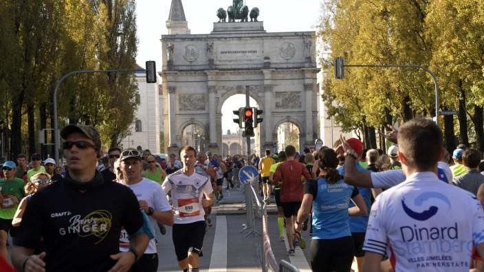 Läufer beim 33. München Marathon, 2018
