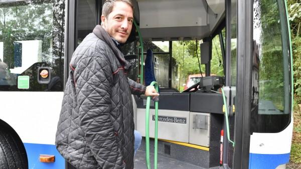 Gauting, Busparkplatz Tibor Jonas
