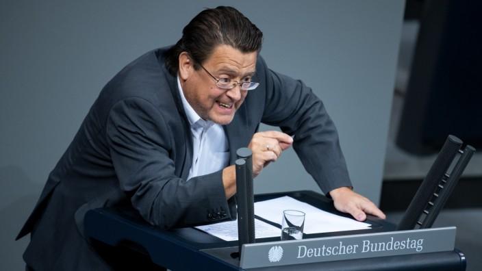 AfD-Politiker Stephan Brandner spricht im Deutschen Bundestag