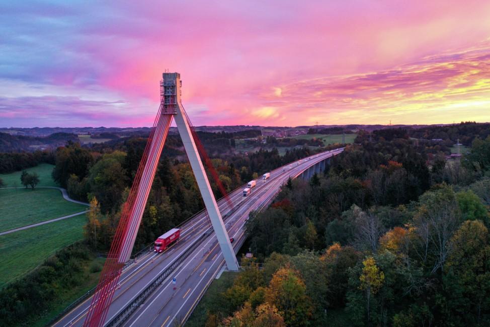 Sonnenaufgang bei Neuravensburg