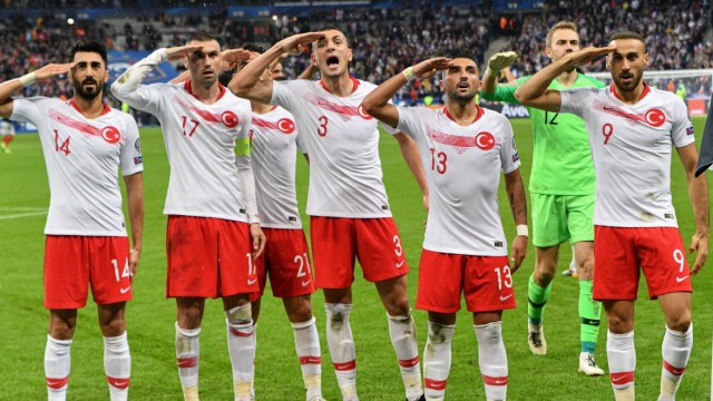 Match France Turkey