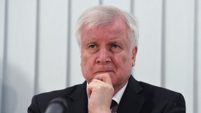 Nach Angriff in Halle/Saale - Pressekonferenz